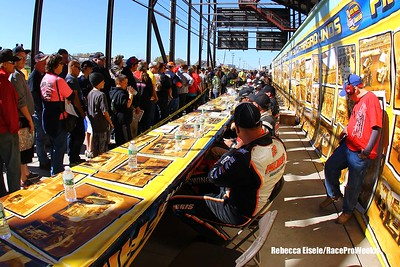 Super DIRT Week XLIV Sunday 10/11/15 Autograph Session